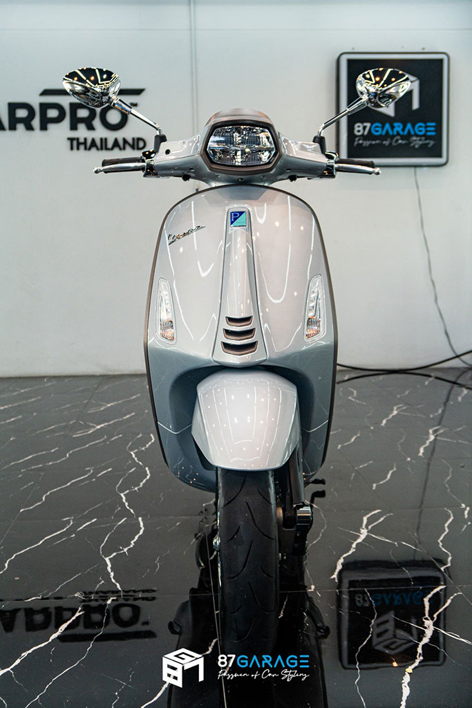 Vespa Sprint Grey Lambo